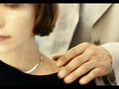 acoso-sexual-en-el-trabajo_imagenGrande.jpg