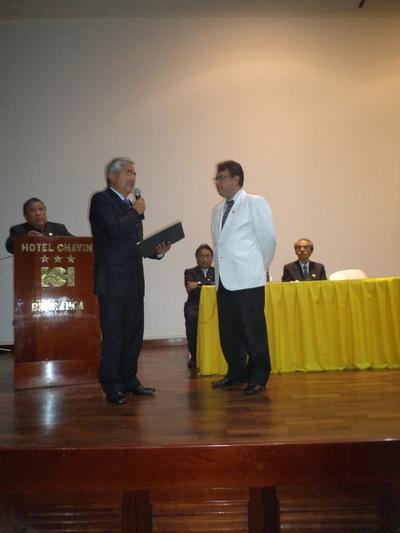 AlcaldeBarrancay Pdte FederacionMedica.jpg