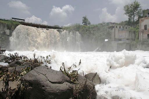 Contaminación cuenca Santiago-Lerma Chapala (México) L Foto Carlos de Urabá..jpg