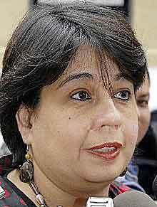 Ministra de Salud se compromete a actuar contra el envenenamiento de campesinos.JPG