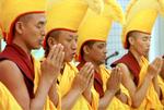 curarse en salud ,monjes_tibet.jpg