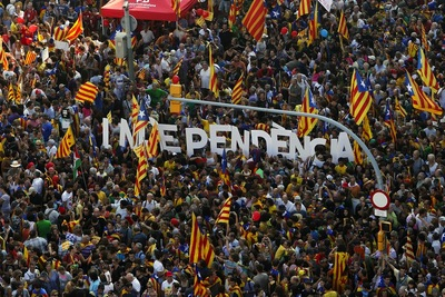 Manifestacio-independentista-Diada-EFE_ARAIMA20120911_0158_1.jpg