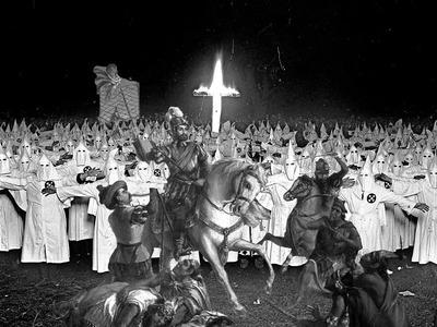 Hernán Cortés, sicario imperial y papá del Ku Klux Klan. Carlos de Urabá.jpg