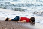migrant-child-dead-beach-turkey.jpg