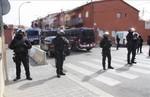 mossos-desquadra-barrio-sant-joan-figueres-este-miercoles-1461228635354.jpeg