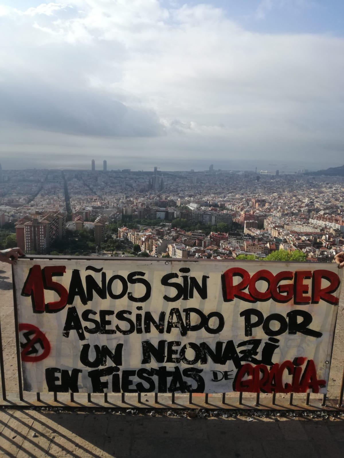 Foto Pancarta 15 Años Sin Roger (1).jpg
