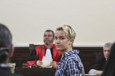 537573-amina-sboui-the-tunisian-member-of-the-ukrainian-feminist-group-femen-appears-in-a-courtroom-in-sous.jpg