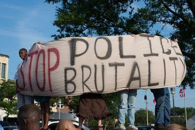 800px-protest_against_police_brutality.jpg