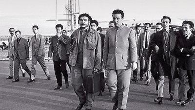 Ben Bella y el Che Guevara..jpg