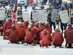 birmania-monjes.jpg