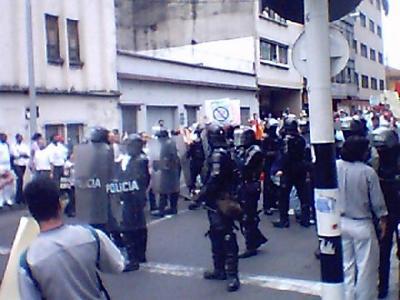 Colombia 12.10.04 01.jpg