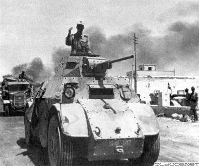 Colonna italiana a Tobruk june 42.jpg