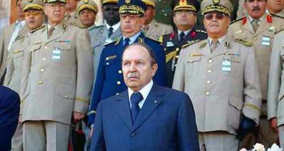 Consejo Militar argelino.jpg