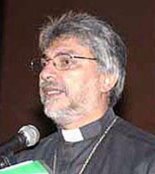 Un sacerdote de izquierda en la Presidencia.JPG
