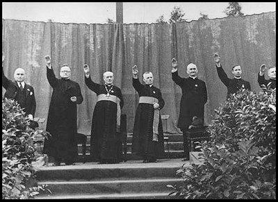 obispos_saludan_a_hitler.jpg