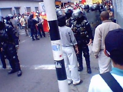 Colombia 12.10.04 02.jpg
