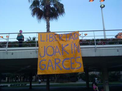 Pancarta puente de las flores 2.JPG