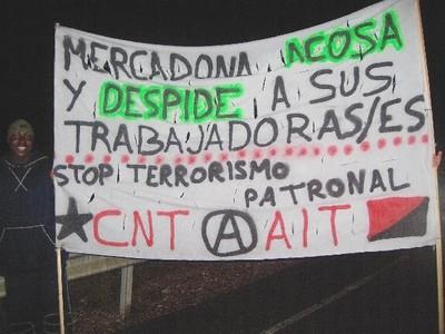 mercadona-trabajadores-manifestacion-27-abril-08.jpg
