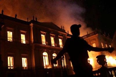 Incendio Museu Nacional.jpeg