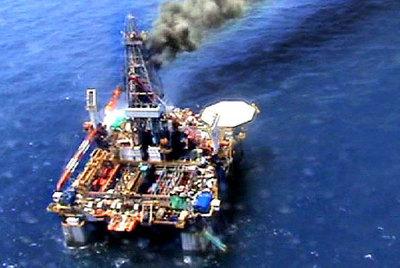Plataforma_petrolifera_Tarragona.jpg