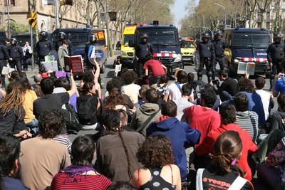 estudiants-ub-bolonya-mossos.jpg