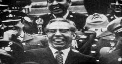 Presidente Díaz Ordaz y cúpula militar.jpg