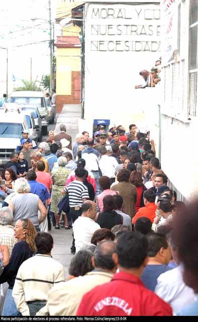 multitud2.jpg
