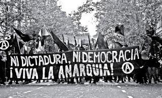 nidictaduranidemocracia.jpg