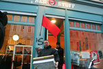 red_stuff_berlin_policia00b.jpg
