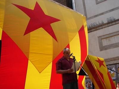 8 Comissio Independentista Fossar de les Moreres.jpg