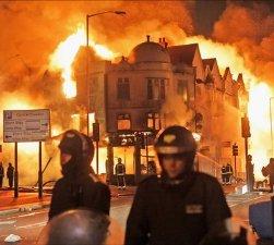 England-riots.jpg