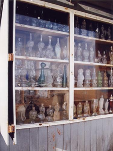 islanegra_bottles.jpg