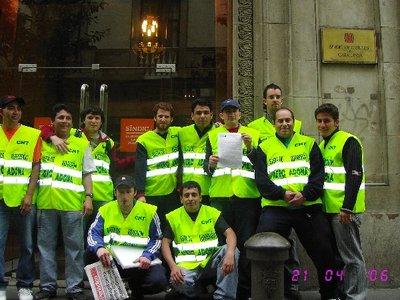 trabajadores-manifestacion-huelga-mercadona-21-abril-05.jpg