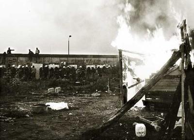 1988-06-01_fuego-maderos.jpg