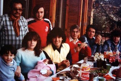 Clan Maradona. 1983 Barcelona  Foto Carlos de Urabá.JPG
