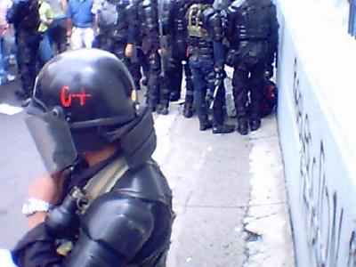 Colombia 12.10.04 06.jpg