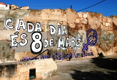 mural8març.JPG