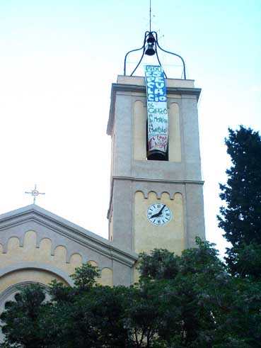 pancarta al campanar p.jpg