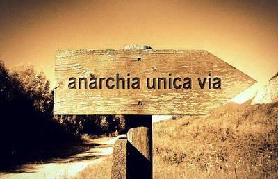 anarchia.jpg