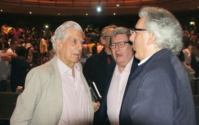 Mario y su hijo alvarito líderes de la ultraderecha literaria Latinoamericana..JPG
