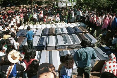 acteal-matanza-funeral_500_332.jpg